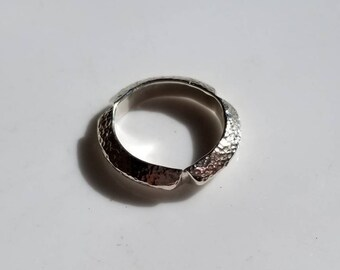 Heavy hammered sterling silver notched  triangle band, size 6.5