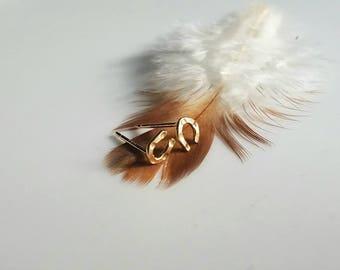 Lucky 14k gold horseshoe stud earrings