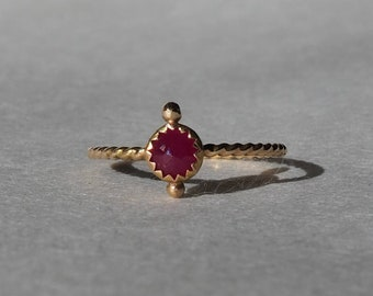 Unique handmade solid 14k gold and natural rose cut ruby ring, twisted rope band, size 7