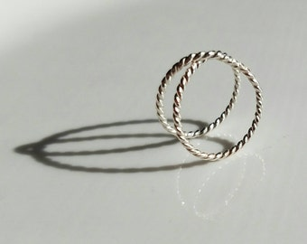 Twisted infinity sterling silver ring, size 7.25