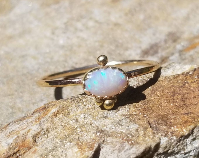 Featured listing image: 14k gold opal ring, size 6.5