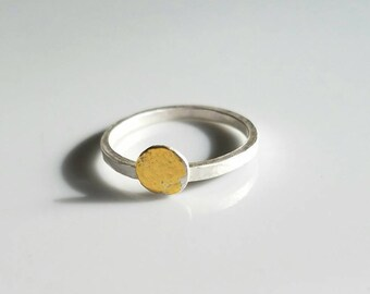 Pure gold dot on sterling silver modern ring, size 8