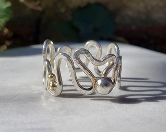 Sterling Silver Light and Sound ring, Traveling Photons, Soundwave Heart Ring with Gold Accents, Size 7.5