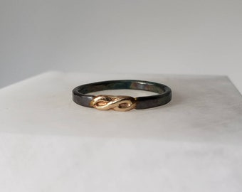 Hammered Oxidized Sterling Silver and 14k Gold Infinity Band, Size 7