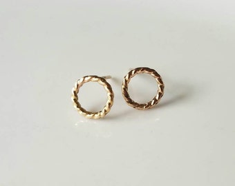 Small twisted loop 14k gold studs