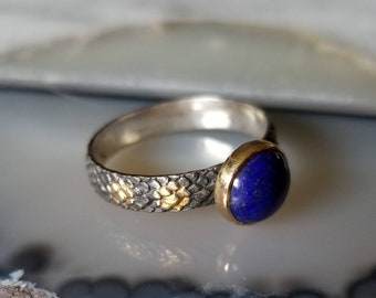 Unique sterling silver, gold and deep blue lapis lazuli ring, size 8
