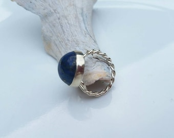 Lapis lazuli ring with twisted shank, size 7