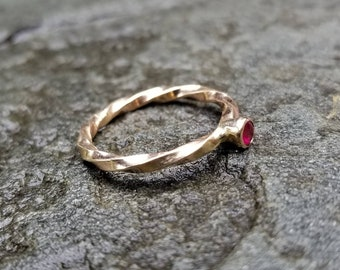 14k gold twist natural ruby ring, size 6.25