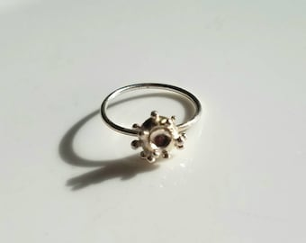 Quirky one of a kind sterling silver ring, size 7.25