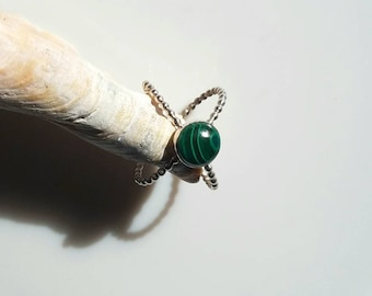 Sterling silver bead double band malachite ring, size 7, adjustable ring,  x-ring.