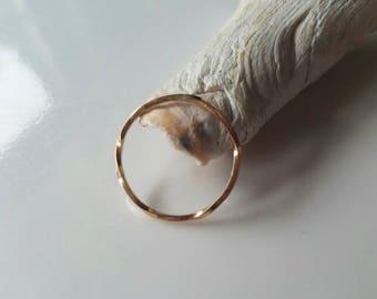 Dainty 14k gold infinite twist ring, size 7