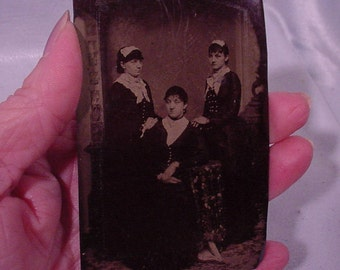 Charming Tin-type Photograph Elegant Lady with Two Maids!