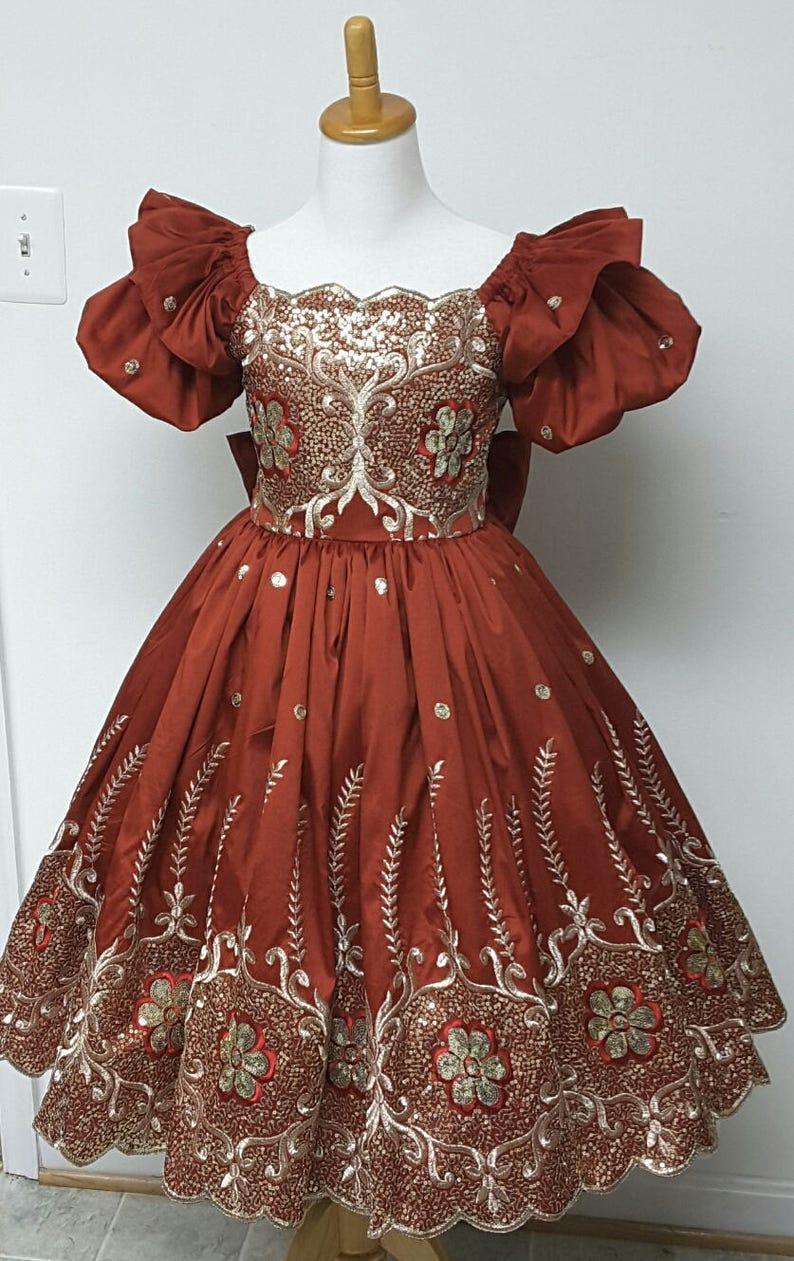 Ann-Marie Elegant Embroidered Sequinned Silk Taffeta image 0