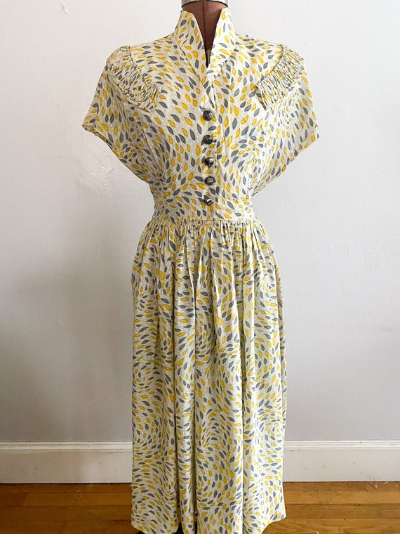 1940s Chaotic Print Day dress rayon