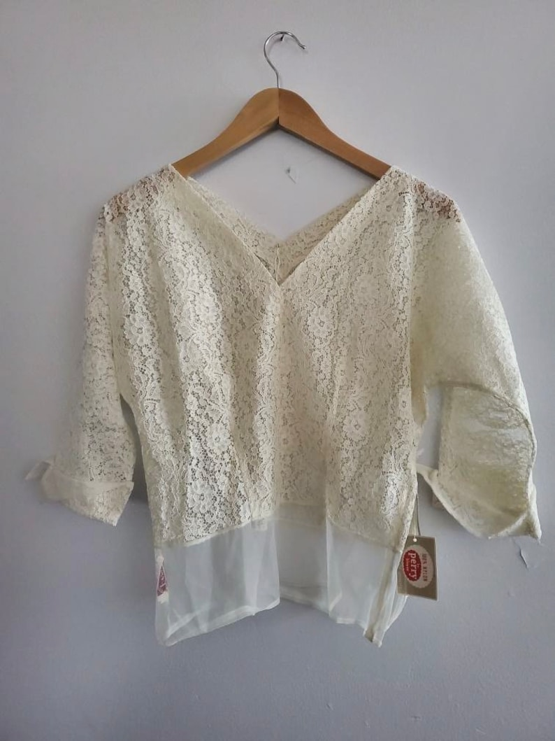 1950/'s Deadstock New With Tags Ivory Lace Batwing Cuffed Blouse Top w Sheer Waist