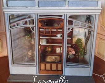 Dollshouse miniature roombox 1/24 half scale kit in Art Deco style.