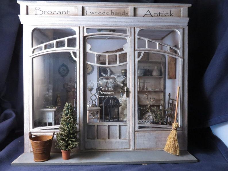 Casa delle bambole in miniatura roombox kit una scala in etsy