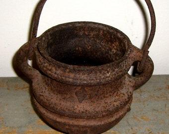 Vintage Kettle, Primitive, Cast Iron, Pot, Old Kettle, Rusty Pot, Country Decor
