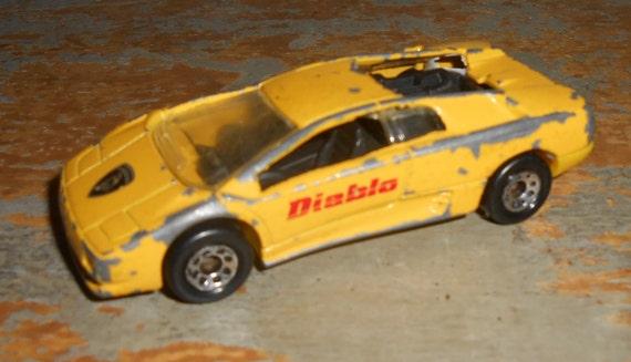 Vintage Toys Lamborghini Diablo Matchbox Sports Car on lamborgini diablo, 1991 lamborghini countach, 1991 lamborghini lm002, 1991 lamborghini murcielago, 1991 lamborghini trucks, 1991 lamborghini jalpa,