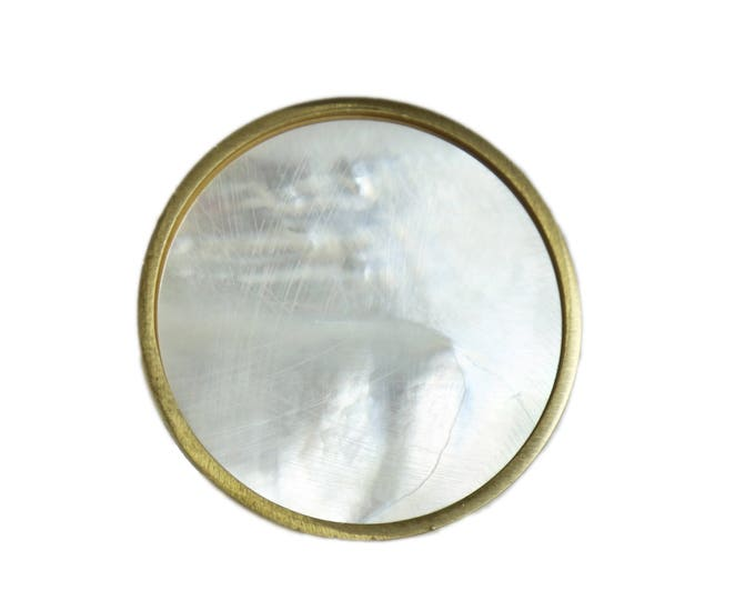 Large Mother of Pearl Knob