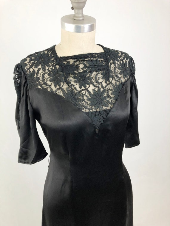Vintage 40s Lace Evening Dress Short Sleeve Black Satin And Lace Gothic Slip Dress 30s Party Dress Size Medium To Large