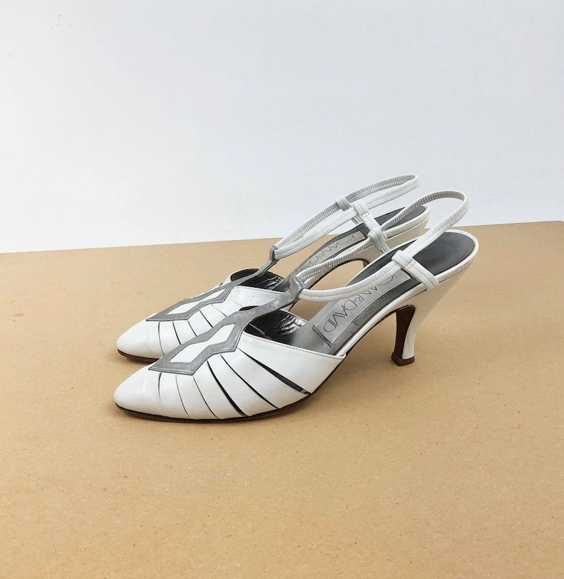 d8d5117a94ef8 Vintage 80s Slingback High Heels - White and Silver Leather Strappy Sandal  Pumps - Party Evening Shoes by Joan & David - Size 10