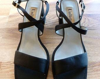 4d6fb0999f19 Women s Chunky Retro Black Sandals Flip Flops Size 10 Free