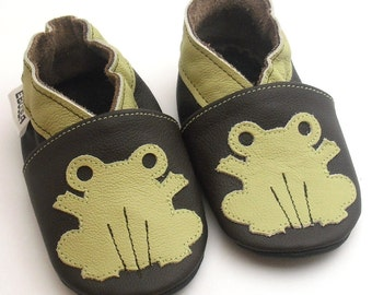Chaussons bebe chaussures olive grenouille 4cfe58c6cb6