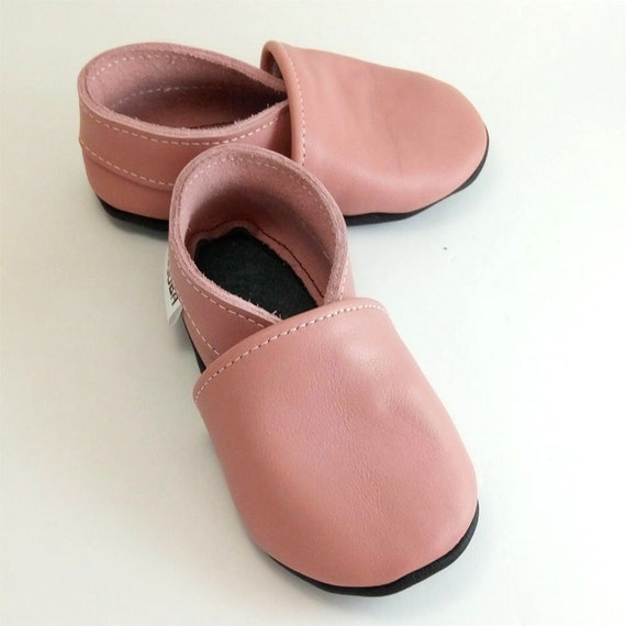 Girl baby shoes Pink Baby Shoes Leather baby shoes Soft  76be6b785