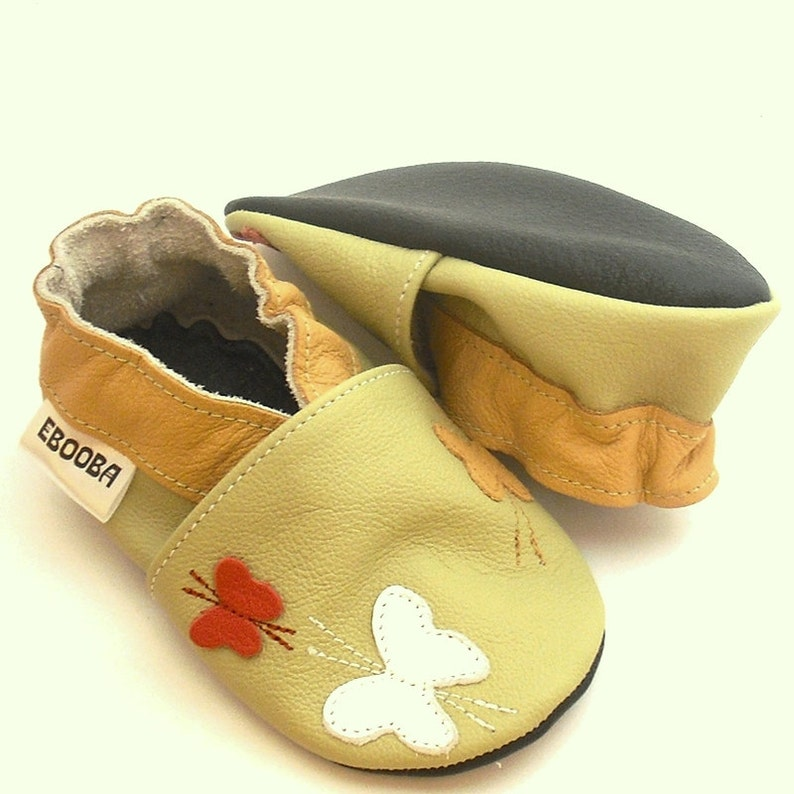 84d0641baa6e4 Baby Shoes, Girls' Shoes, Newborn Booties, Soft sole baby shoes,  butterflies Sippers, bebes fille chaussons, Krabbelschuhe, ebooba, 1
