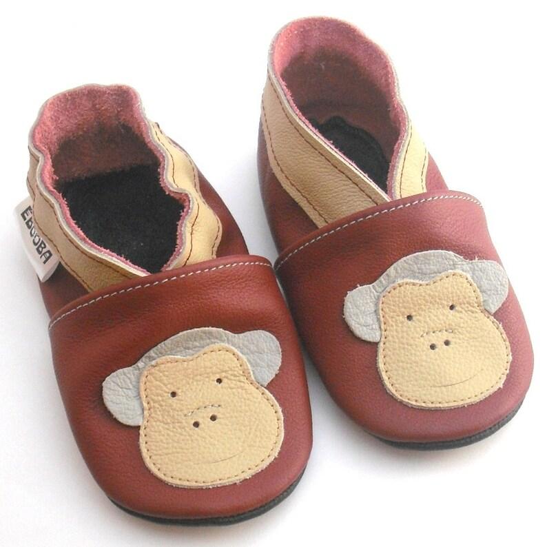 a7936c16cf6db SALE! Newborn Shoes, Baby Shoes Monkey, 0-6 months booties, Soft sole baby  shoes, Infant Slippers, Chaussons Bébé, Krabbelschuhe, ebooba