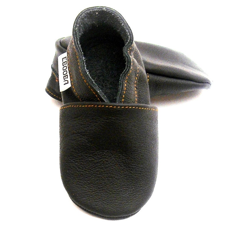 c6bb7ec5d8698 Baby Moccasins, Baby Slippers, Black baby shoes, Soft Sole, Lederpuschen,  Chaussons cuir, Ebooba, 3