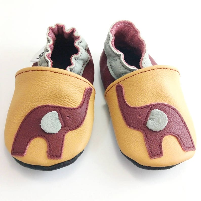 9813d8c4cdcb1 Baby Shoes with Elephant, Leather baby slippers, Soft sole baby shoes,  Girls', Handmade, Infant Booties, Lederpuschen, Bébé, ebooba, 1