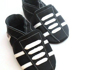 Baby shoes Walker baby shoes Crib baby shoes Baby slippers Baby booties sport baby shoes Black Moccasins Shower gift