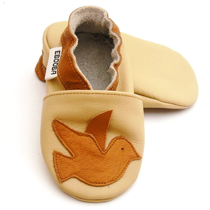 768ccb2116f79 Soft sole baby shoes Leather baby shoes, Infant kids children girl boy gift  Bird brown shoes, Krabbelschuhe, Lederpuschen, Ebooba, 2