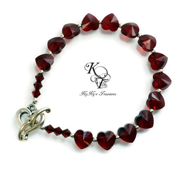 Heart Gift Garnet Bracelet Valentines Gift Wife Gifts Anniversary Gifts Heart Jewelry Love Jewelry Valentines Jewelry Heart Bracelet