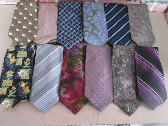 Vintage Lot de 12 Cravates vintage pour hommes