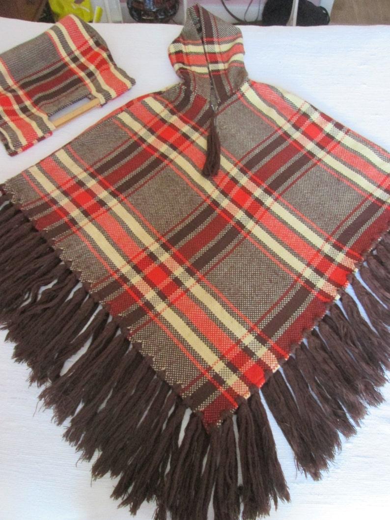 Poncho and plaid wool bag with hood  Free Shipping  Poncho et sac \u00e0 carreaux en laine avec capuchon