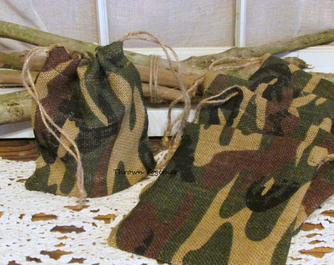 Camo Burlap Favor Bag, Burlap Bag, Camouflage Wedding Favors, Rustic Bag, Green Camo Party Favor Bag, Set of 5 Handmade Rustic Gift Bags