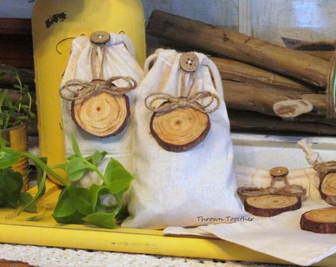 Rustic Linen Wedding Favor Bags, Ivory Linen Gift Bags, Rustic Favor Bags, Party Favor Bags, Wood Gift Tag, 5 Linen Gift Bag