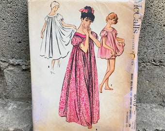 8d16ffecd6081 50's McCall's 4610 Pattern Misses' Muu-Muu For Sleeping Or Lounging w  Bloomers - Size 14-16 Bust 34-36