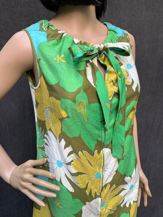 60s Dress Mod Shift Sleeveless Flowers Greens, Tu… - image 5