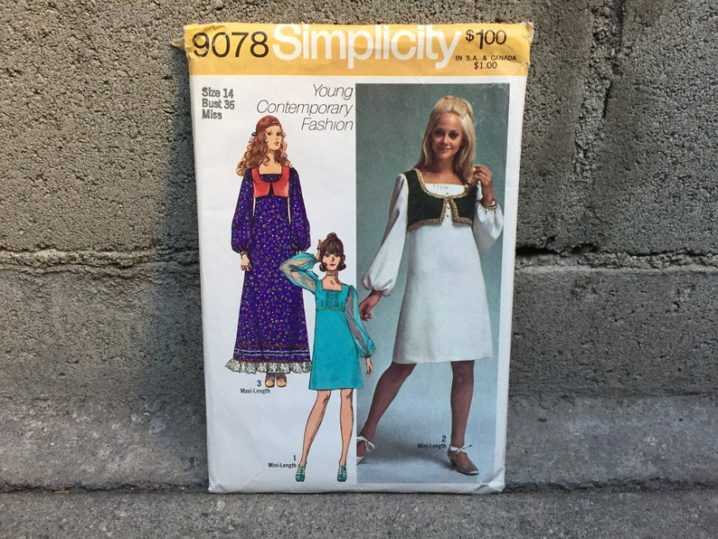e59d310edeaf 70 s Simplicity 9078 Pattern Misses Dress in two lengths