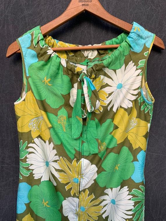 60s Dress Mod Shift Sleeveless Flowers Greens, Tu… - image 9