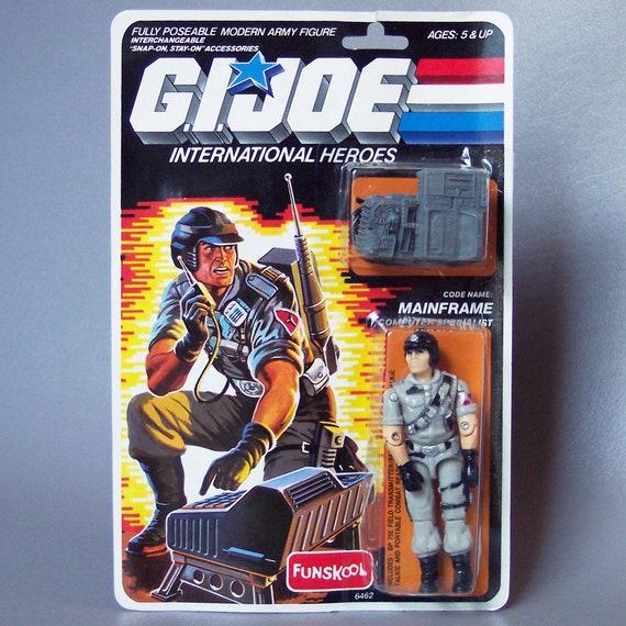 GI Joe Body Part  1986 MainFrame       Left Arm          C8.5 Very Good