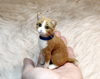 Custom Needle Felted Cat, SMALL SIZE, Custom Made Pet Sculpture, Cat Miniature, Commemorative Pet Portrait - made to order