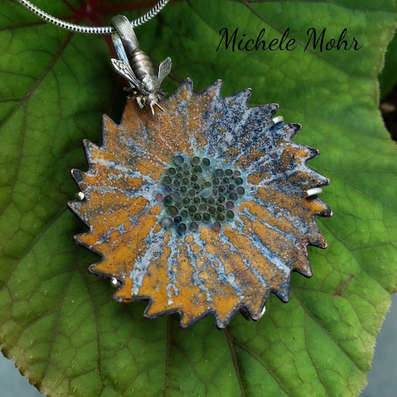 """Bee Happy Flower Vitreous Enamel and Sterling Silver Pendant on Adjustable 20"""" Chain Necklace"""