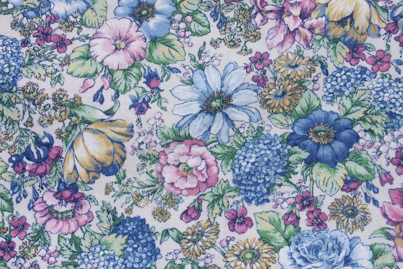 "Vintage BLUE tiny FLORAL on white cotton FABRIC 44/""W By 1//2 Yard doll clothes"