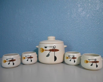 Vintage West Bend bean pot with lid and serving bowls