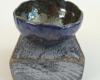 Pinched Bowl w/Pedestal